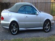 2001 MERCEDES-BENZ Mercedes-Benz CLK-Class 2 Door Convertible